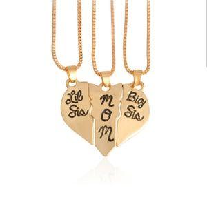 Jewelry - MOM, BIG SIS, LIL SIS NECKLACE SET